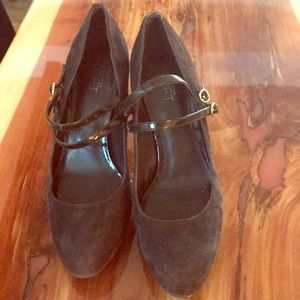 Ann Taylor Lift chocolate leather pumps
